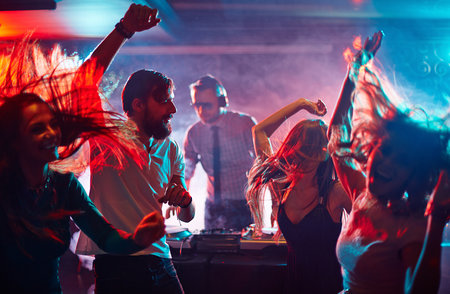 Sober Dance Parties Rising In Popularity